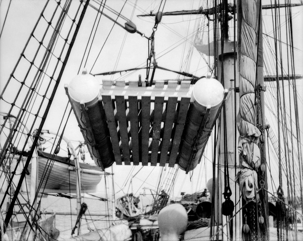 Detail of The life raft from 'Elingamite' (1887) being hoisted off the upper deck of HMS 'Penguin' (1876) by Willoughby Pudsey Dawson