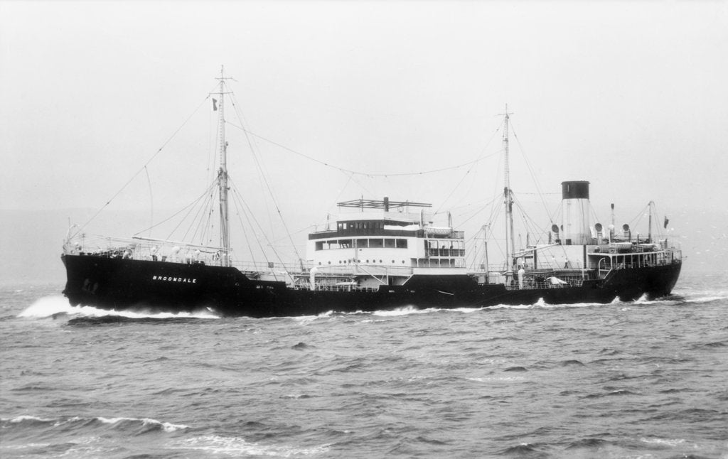 'Broomdale' (Br, 1937) under way by unknown