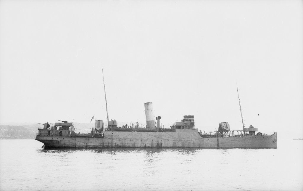 Detail of 'Eddystone' (Br, 1927) at anchor, probably as a convoy rescue ship. by unknown
