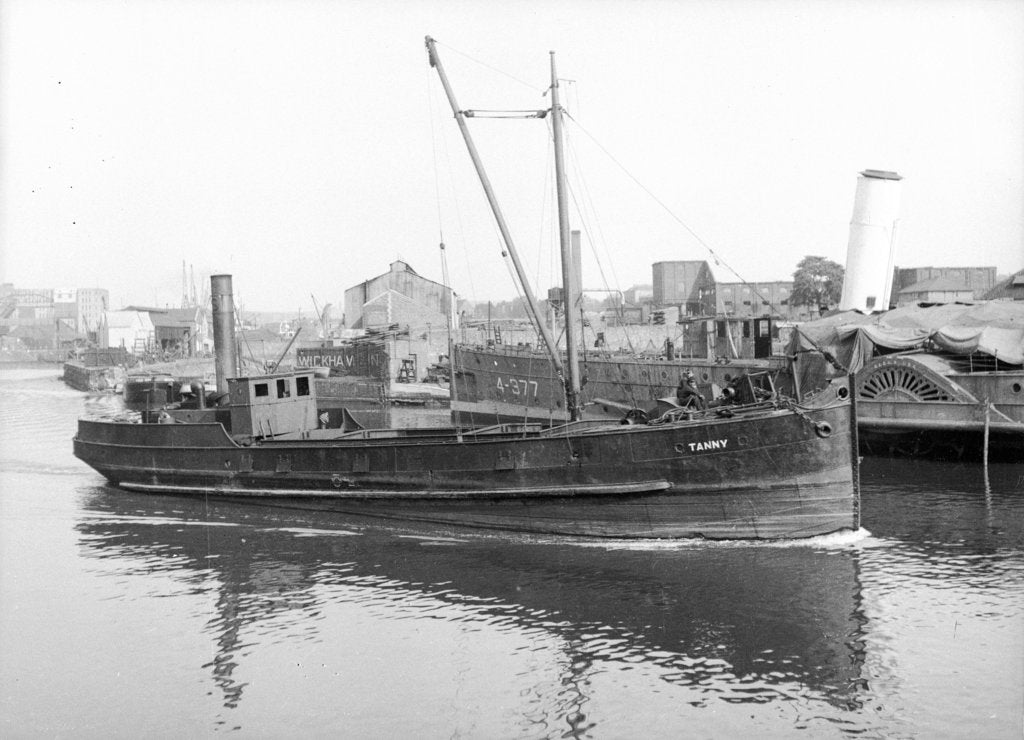 Detail of General cargo, short sea vessel 'Tanny' (Br, 1890)', under way on the River Avon at Bristol by Anonymous