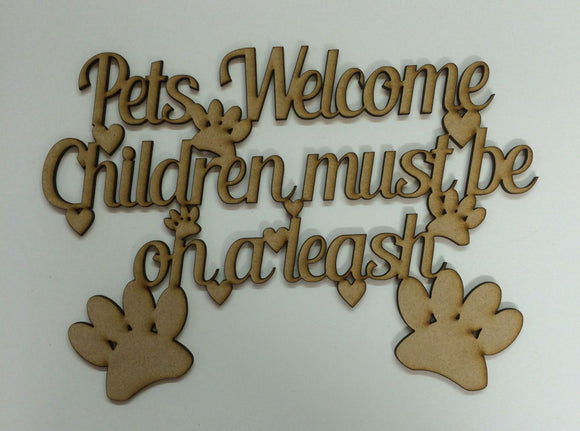 Pets welcome children must be on a leash