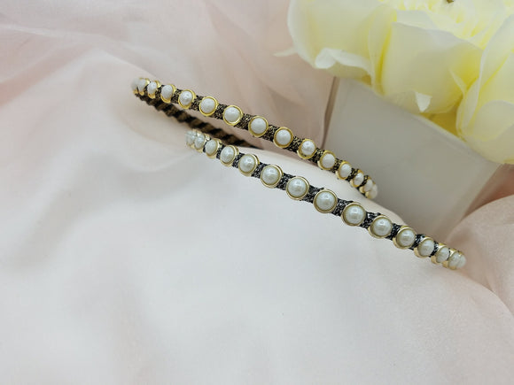 Thin Body Pearls Decorated Fitting Headband - in 2 colors