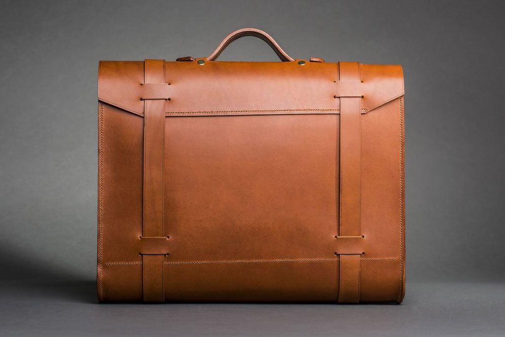 Men's Messenger Bag 2020: Our Vision