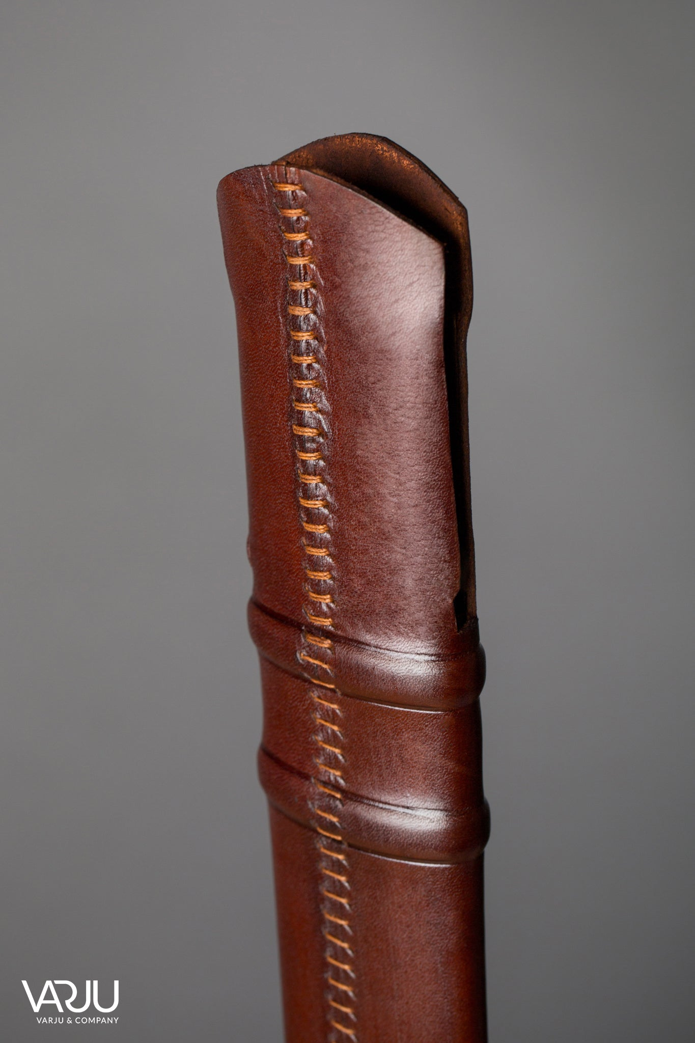 Simple Feder Scabbard (Sword Sheath)