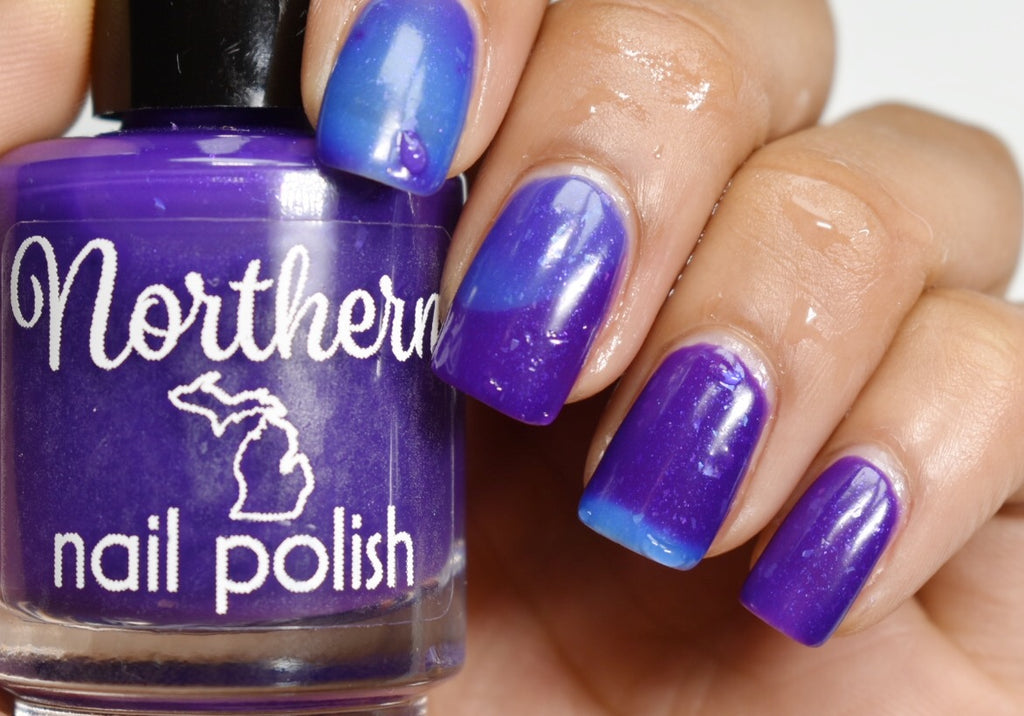 color changing nail polish deep purple when warm all the way through a perfect sky blue when cold toxin free vegan cruelty free handmade manicure pedicure gift idea