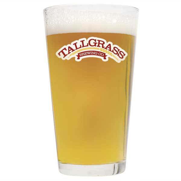 Tallgrass Halcyon Unfiltered Wheat Pro Series homebrew in a glass