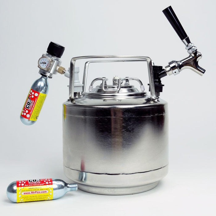 Cannonball® Keg System with Mini Regulator and two co2 cartriges