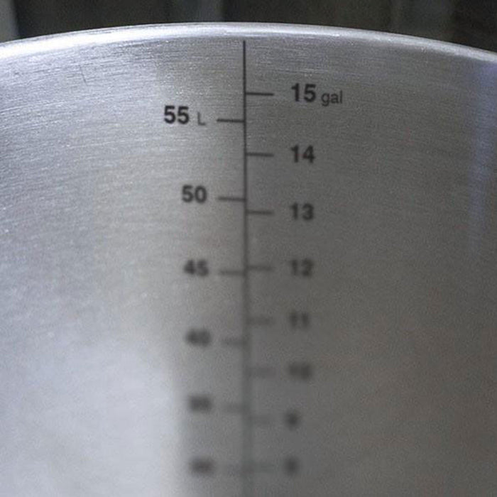 Etched volume markings (gallons/liters)