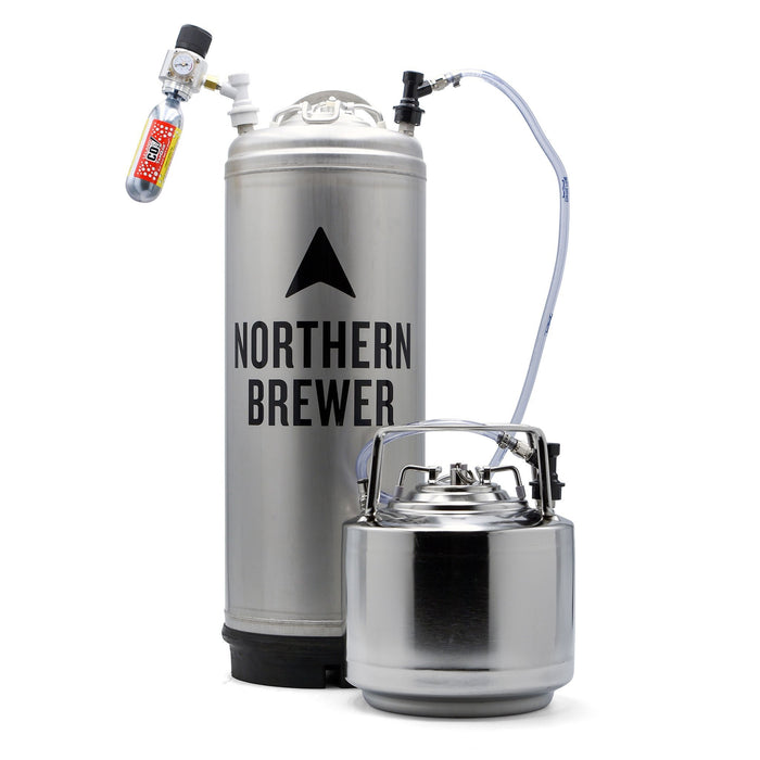 Mini Keg attached to a co2 tank via daisy chain jumper