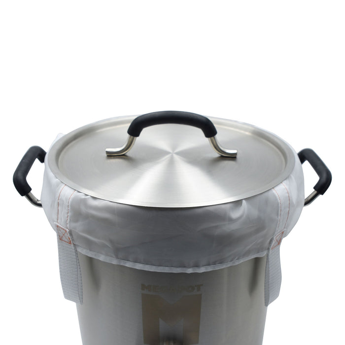 The reusable Brew Bag set in a brew kettle with a lid on