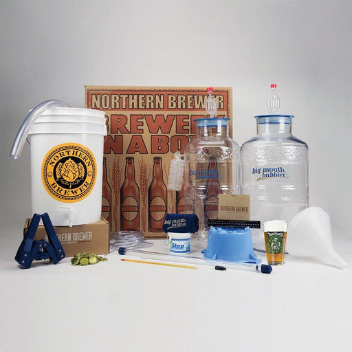 Extract kits are perfect for beginner or intermediate brewers. Each beer recipe kit is complete with all ingredients necessary to produce an excellent batch of craft beer. Our ingredients are fresh and processed in small batches by hand, made to order.