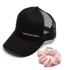 Black Davis Aktiv Trucker - Scrunchiko