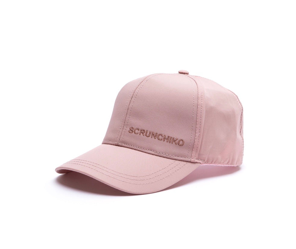 Blush Davis Aktiv Trucker - Scrunchiko