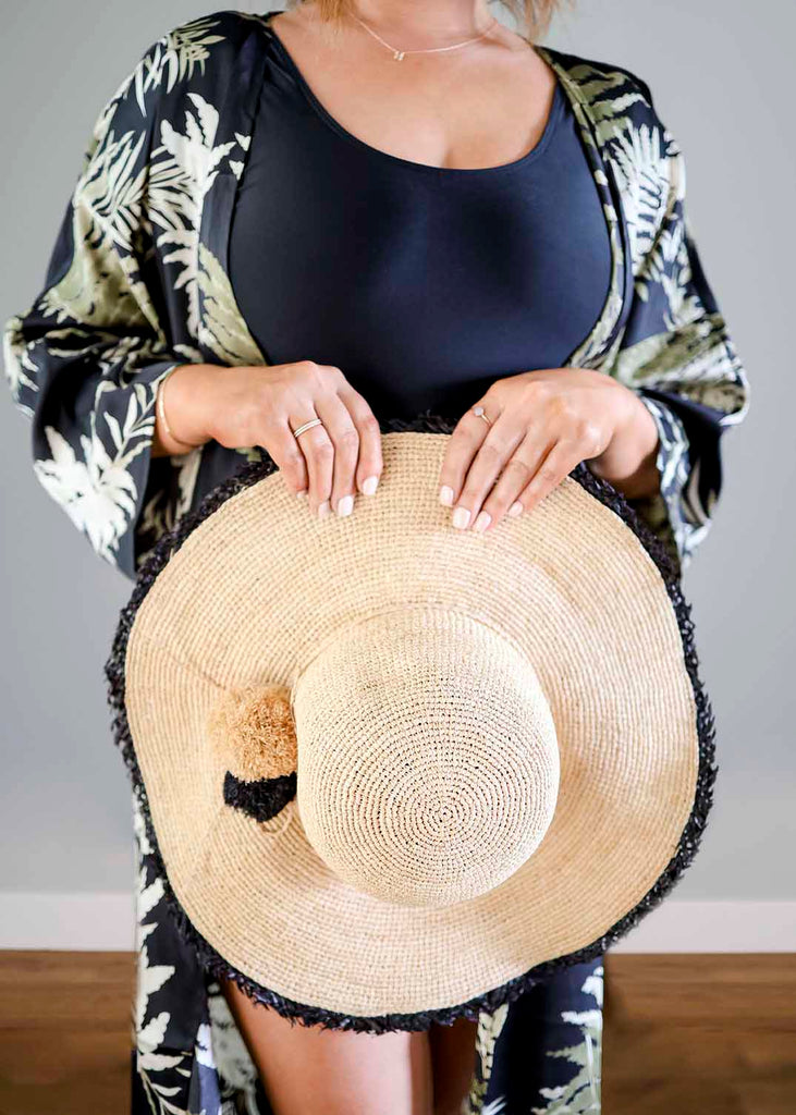 Collapsable Floppy Straw Hat