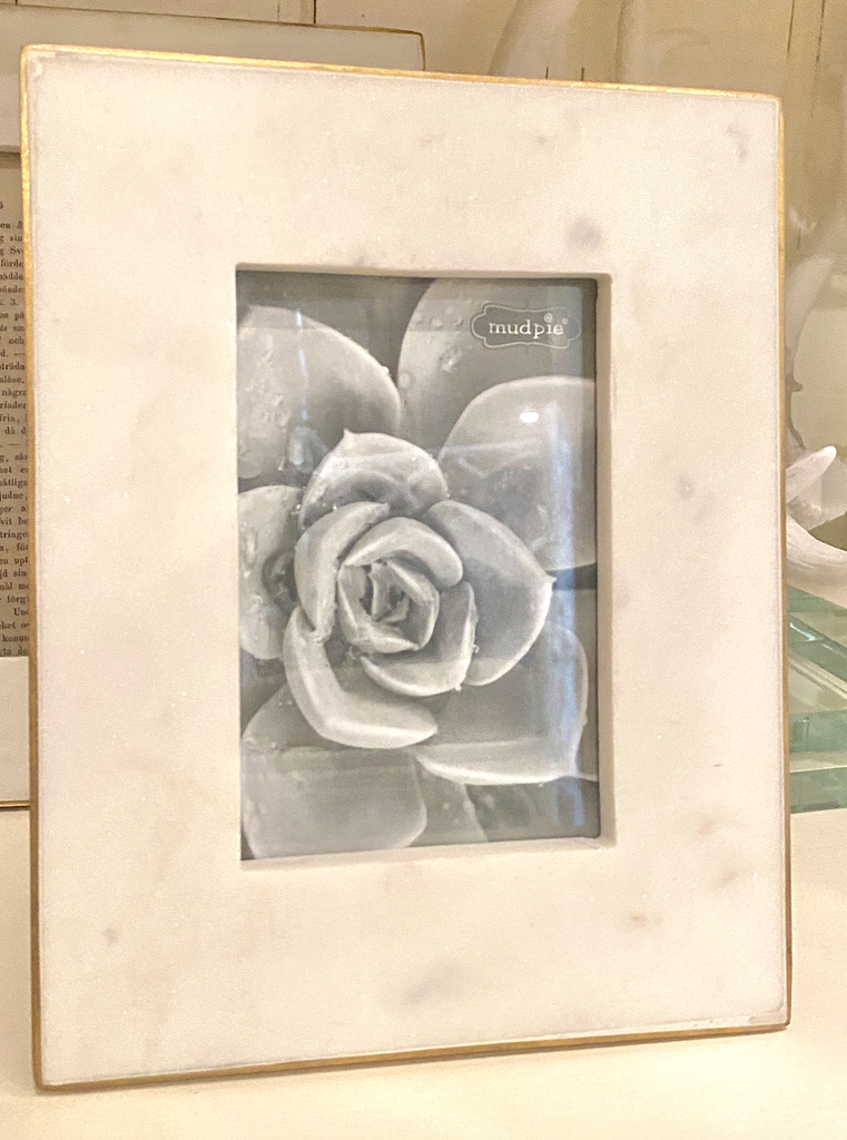 Gold Edge Marble Frame