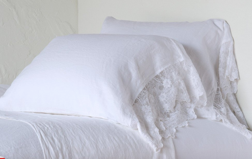Olivia Standard Pillowcase