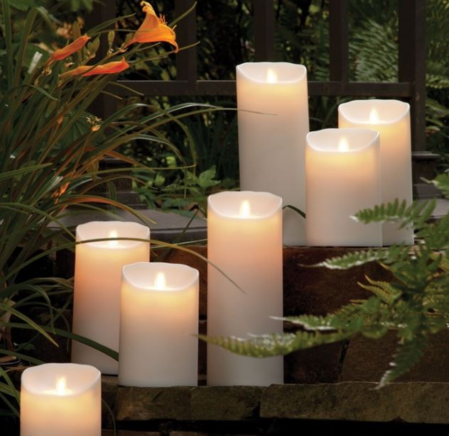 Lightli Moving Outdoor Candle
