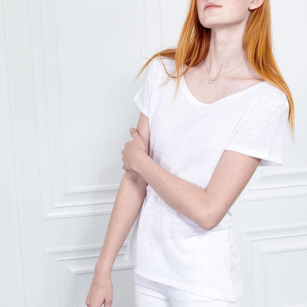 White Linen Short Sleeve Tee with Scoop Neck