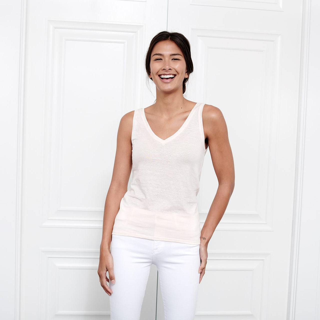 Resort Peach Linen V Neck Tank