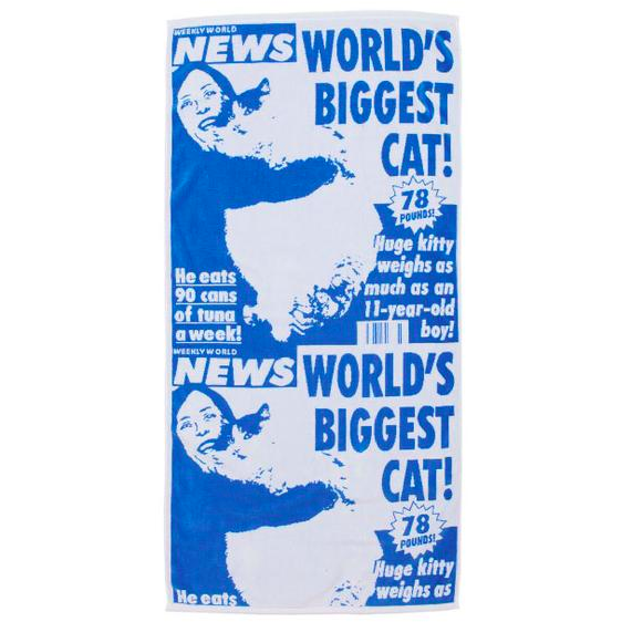 "BLUE FAKE NEWS ""WORLD'S BIGGEST CAT"" BEACH TOWEL"