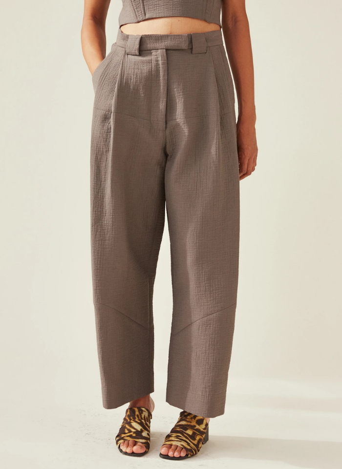 Cropped Divide Pant