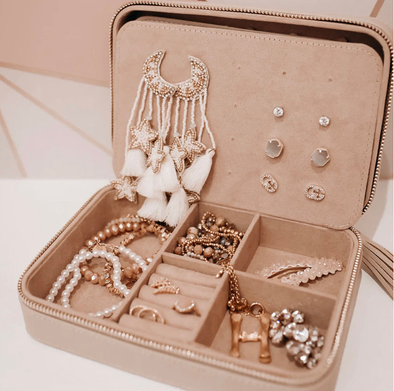Hollis Jewelry Organizer