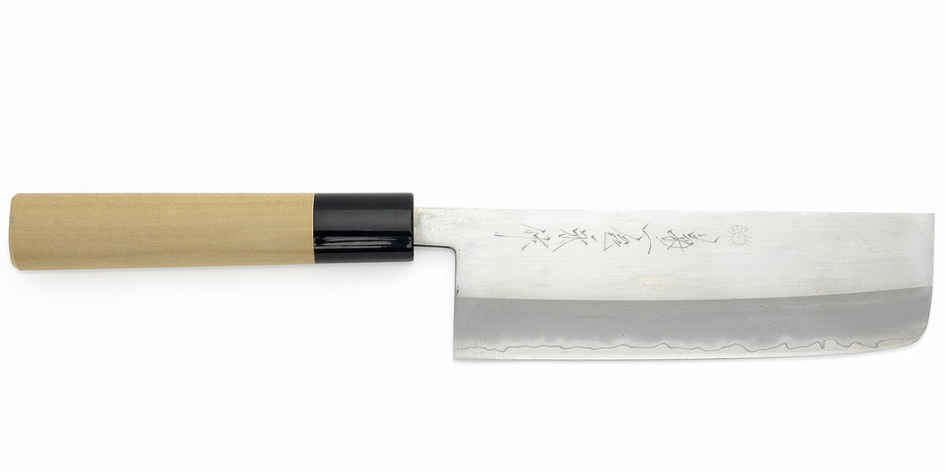 Kikuichi Cutlery Elite Warikomi Gold (WH Series) Nakiri. Double bevel vegetable knife made of AUS8 stainless steel.  Available in 17 cm.