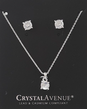 Load image into Gallery viewer, Favor Cubic Zirconia Necklace Set