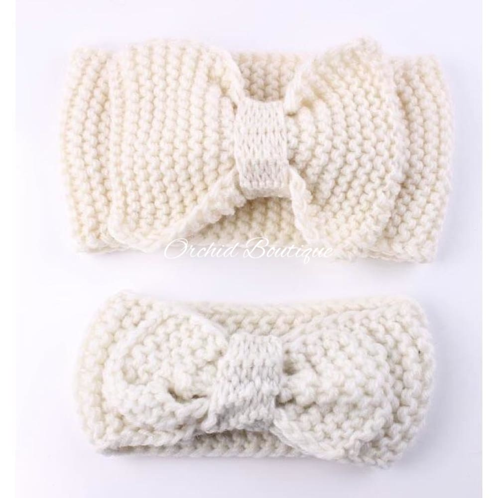 MommyandMe Off White Crochet Bow Set - Orchid Boutique