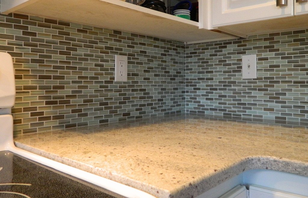 Utaupia Taupe Hand Painted Glass Mosaic Subway Tiles - Rocky Point Tile - Glass and Mosaic Tile Store