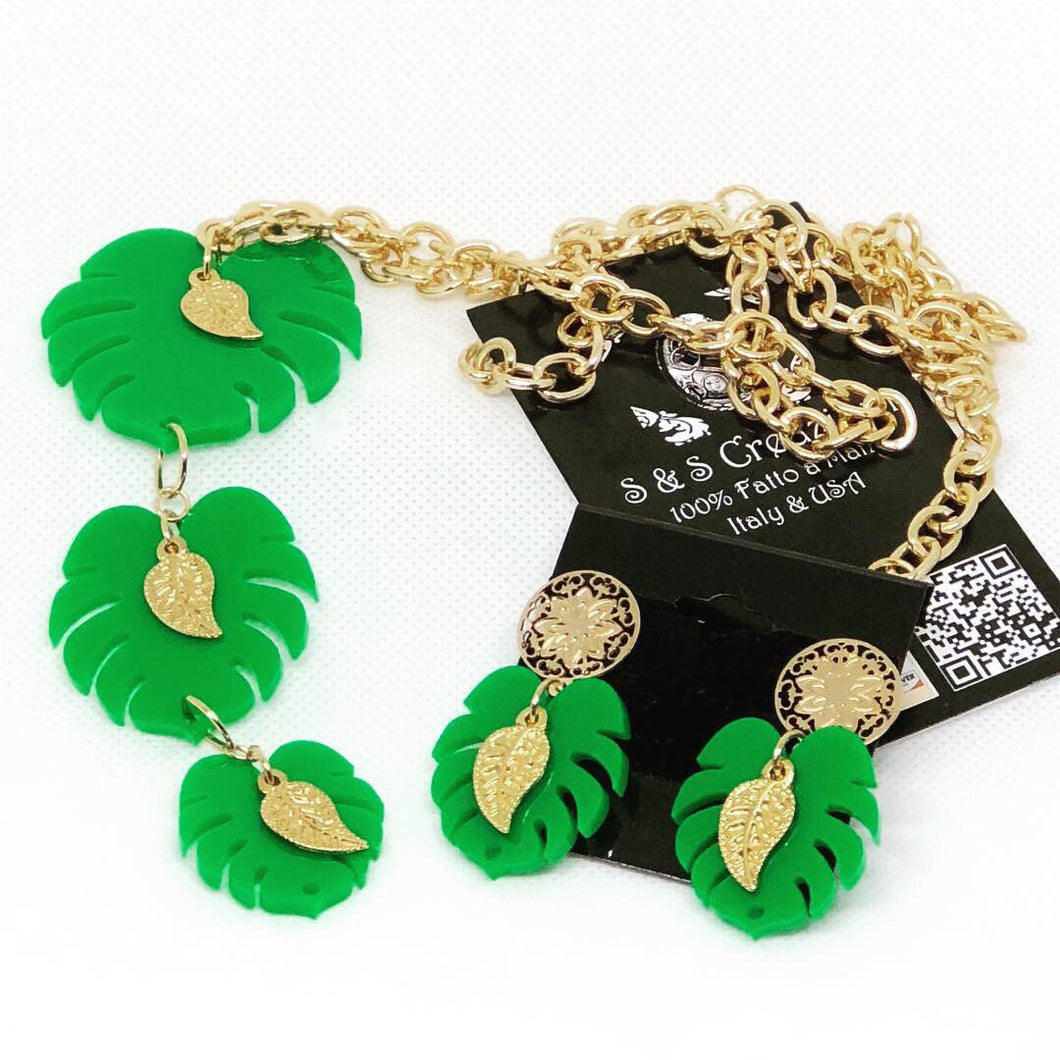 Green Turtleleaf Necklace