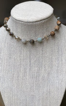 Load image into Gallery viewer, MIXED STONE CHOKER