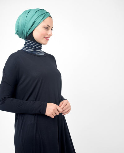 "Black Casual Long Modest Top Small (8-10) Petite (- 5'2"")"