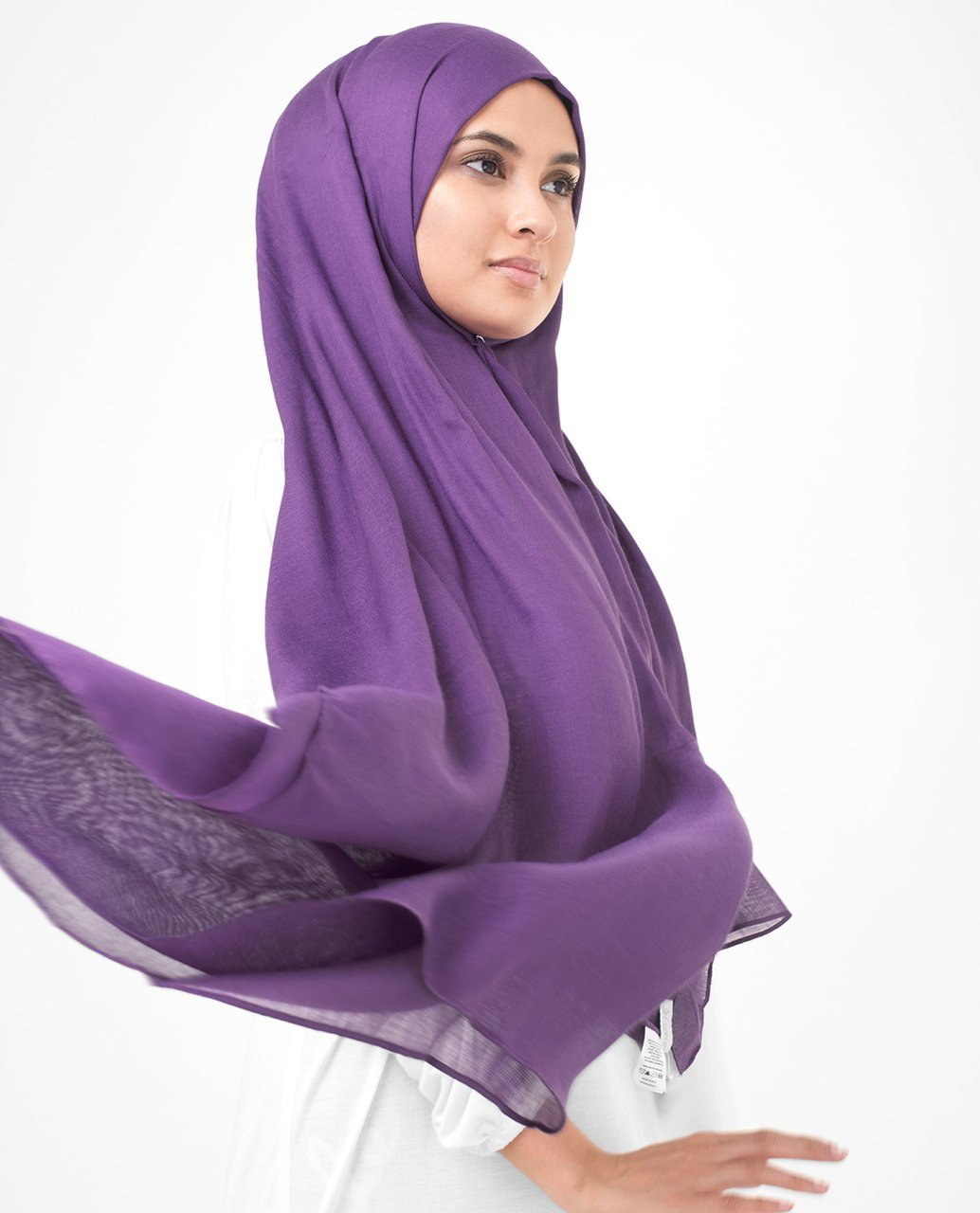Bright Violet Viscose Woven Hijab Regular Bright Violet
