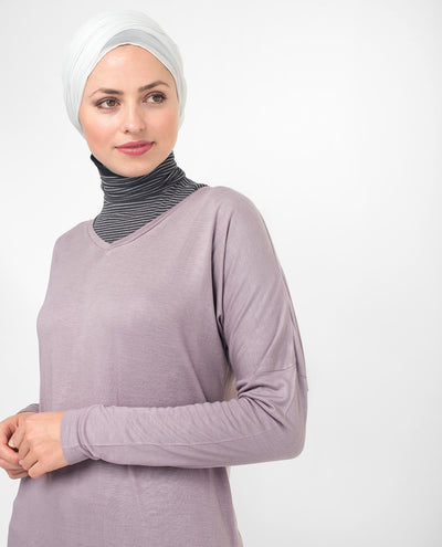 "Lilac V-Neck Long Modest Top Small (8-10) Petite (- 5'2"")"