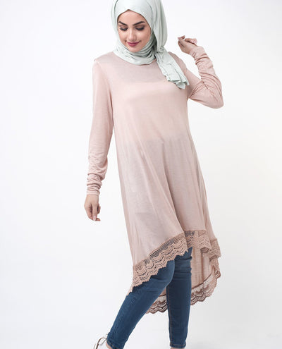"Peach Lace Dipped Hem Modest Top Small (8-10) Petite (- 5'2"") Peach"
