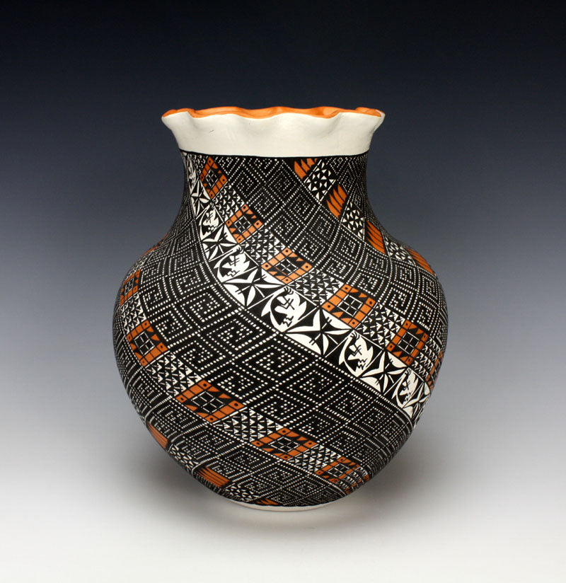 Acoma Pueblo Native American Indian Pottery Kokopelli Jar - Melissa C. Antonio
