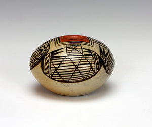 Hopi American Indian Pottery Small Bat Wing Seed Jar - Adelle Nampeyo