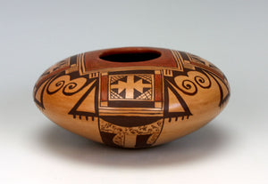 Hopi American Indian Pottery Eagle Tail Seed Pot #1 - Vernida Polacca Nampeyo