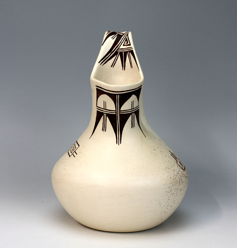 "Hopi Native American Pottery Wedding Vase - Delaine ""Dee"" Tootsie Chee"