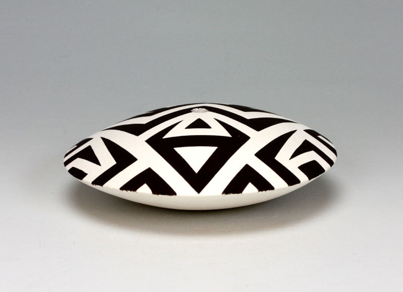Acoma Pueblo Native American Indian Pottery Seed Jar - Eric Lewis