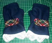Buffalo Check Fingerless Gloves