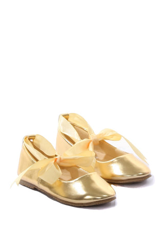 Ballerina Shoes w/ Ribbon Tie
