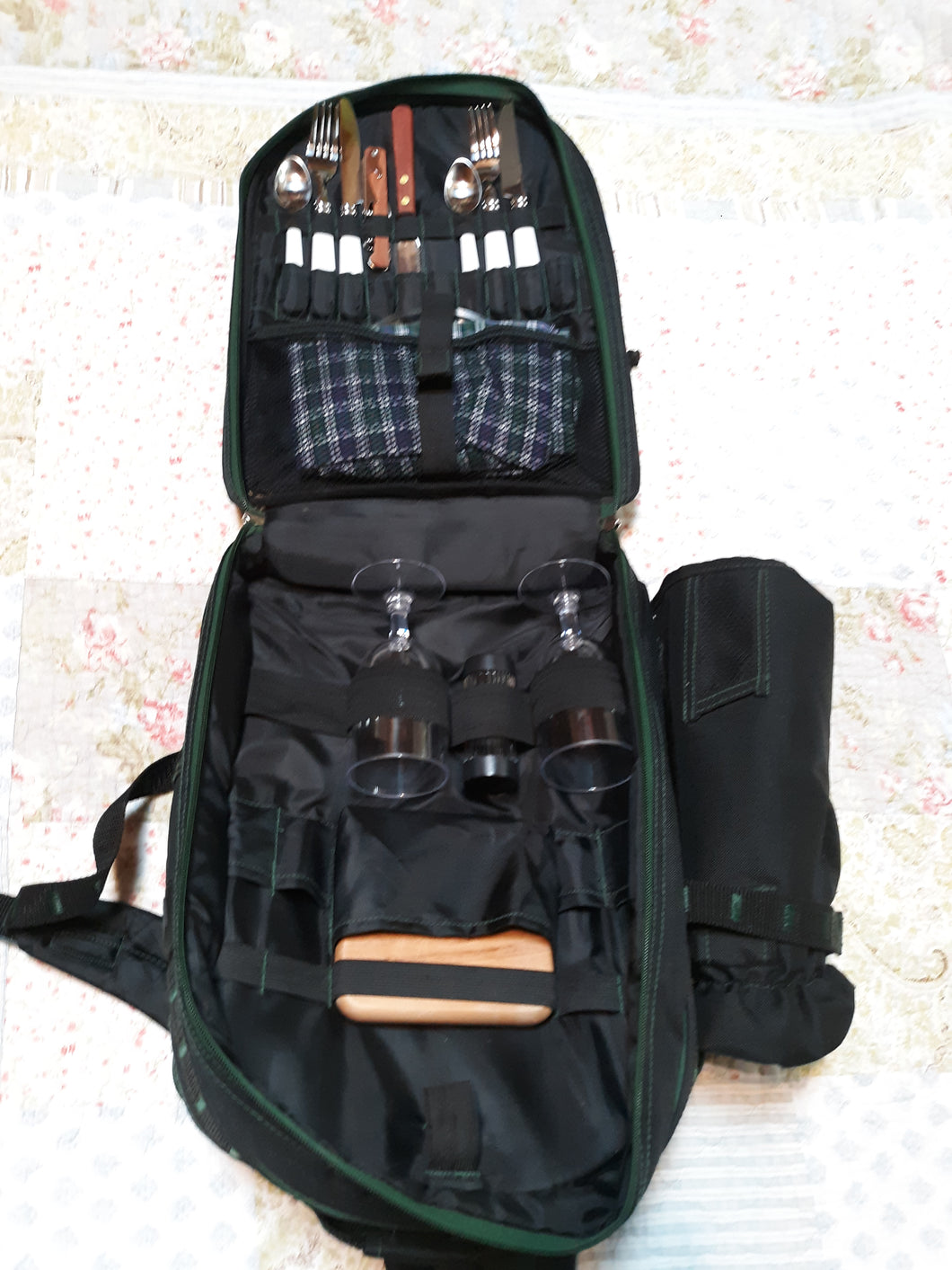 Outdoor Picnic Backpack with Cutlery Accessory