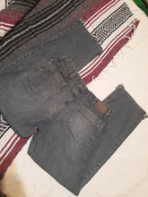 Mens Distressed Hem Wrangler Jean's 34X30 Boot Cut