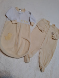 Infant Baby Carters One Peice Bunting & Footsie Pajama 6/9 M Vintage