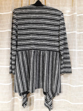 Womens Long Sleeve Drape Sweater Size 10