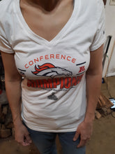 Womens Denvers Bronco Championship Superbowl Size M Medium Blouse Tee Shirt Shirt Sleeve NIKE