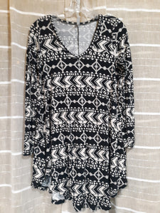 Womens Beautiful Geometric Pattern Long Sleeve Blouse Size M