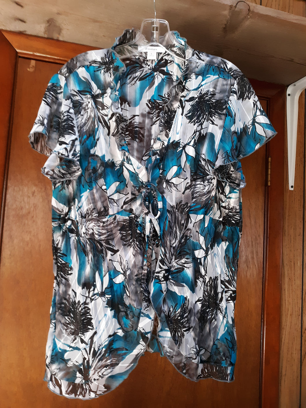 Womens Beautiful Ruffled Collar Blouse Size L Dress Barn